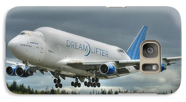 Galaxy Case featuring the photograph Dreamlifter Landing 2 by Jeff Cook