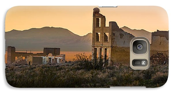 Galaxy Case featuring the photograph Dusk On Rhyolite by Allen Biedrzycki