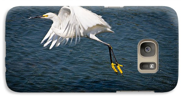 Galaxy Case featuring the photograph Egret Aloft by Janis Knight