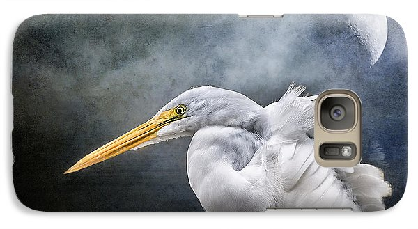 Galaxy Case featuring the photograph Egret's Moon by Brian Tarr