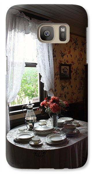 Galaxy Case featuring the photograph Elegance From The Past by Gerry Bates