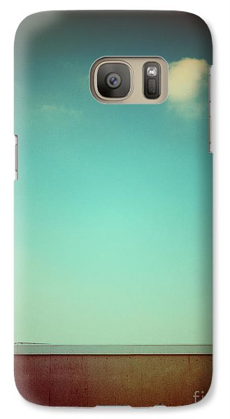 Emptiness With Wall And Cloud Galaxy S7 Case by Silvia Ganora