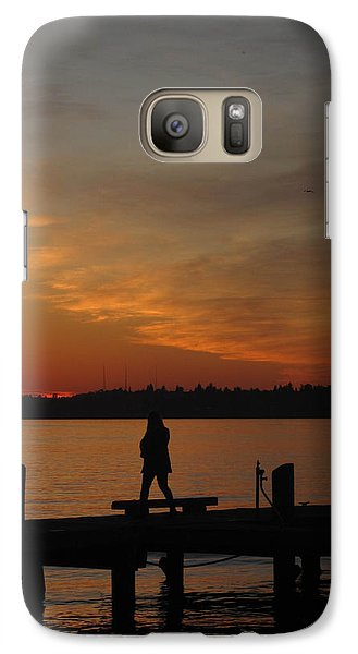Galaxy Case featuring the photograph End Of A Day by Cheryl Perin