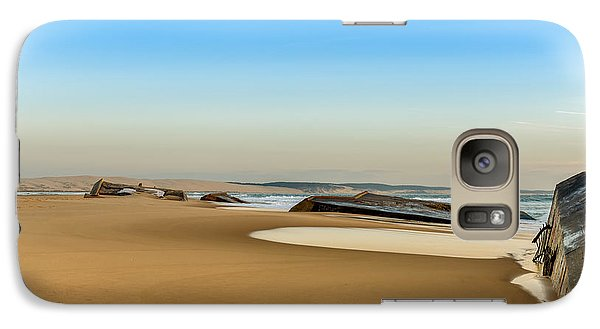 Galaxy Case featuring the photograph End Of The World by Thierry Bouriat