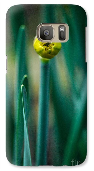 Galaxy Case featuring the photograph Eye Of The Daffodil by Cynthia Lagoudakis
