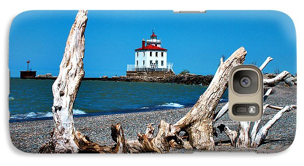 Galaxy Case featuring the photograph Fairport Harbor Lighthouse 2 by Michelle Joseph-Long
