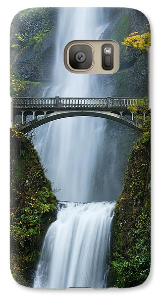 Galaxy Case featuring the photograph Fall At Multnomah Falls by Don Schwartz