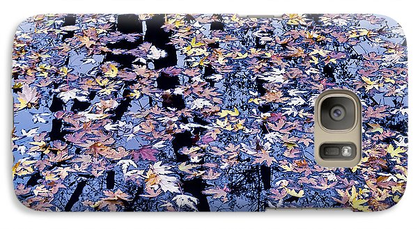 Galaxy Case featuring the photograph Fall Reflections by Alan L Graham