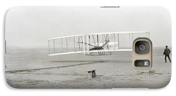 First Flight Captured On Glass Negative - 1903 Galaxy S7 Case by Daniel Hagerman