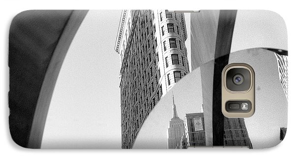 Galaxy S7 Case featuring the photograph Flat Iron Building Empire State Mirror by Dave Beckerman