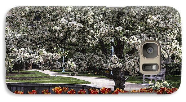 Michigan State Galaxy S7 Case - Flowers And Bench At Michigan State University  by John McGraw