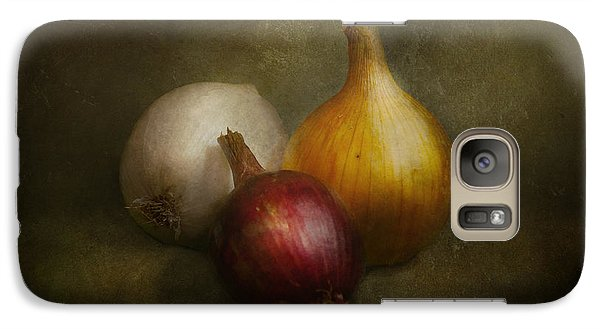 Food - Onions - Onions  Galaxy S7 Case by Mike Savad