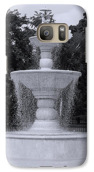 Galaxy Case featuring the photograph Fountain By The Pool by Christine Perry