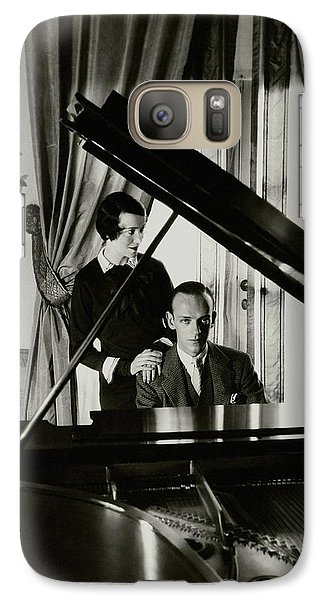 Fred And Adele Astaire At A Piano Galaxy S7 Case by Cecil Beaton