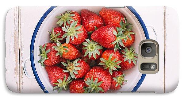Fresh Strawberries  Galaxy S7 Case by Viktor Pravdica
