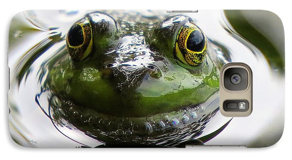 Galaxy Case featuring the photograph Frog Kiss by Dianne Cowen