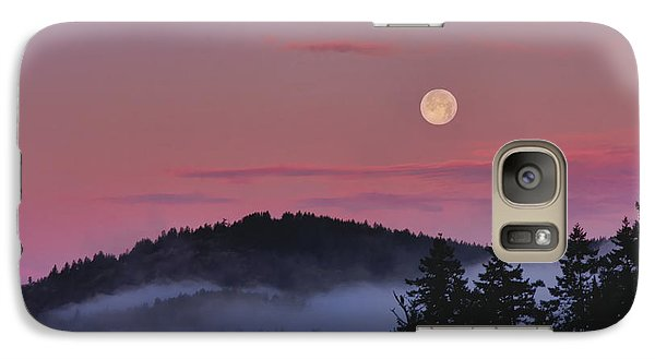 Galaxy Case featuring the photograph Full Moon At Dawn by Peggy Collins