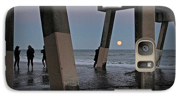 Galaxy Case featuring the photograph Full Moon At Johnnie Mercer's Pier by Phil Mancuso