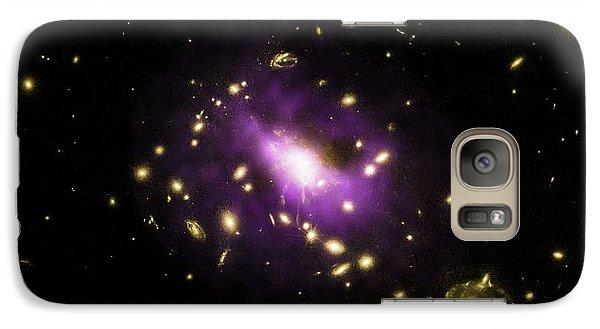 Galaxy Cluster Rx J1532 Galaxy Case by Nasa/cxc/stanford/j.hlavacek-larrondo Et Al/esa/stsci/m.postman And Clash Team