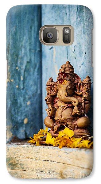 Ganesha Statue And Flower Petals Galaxy S7 Case