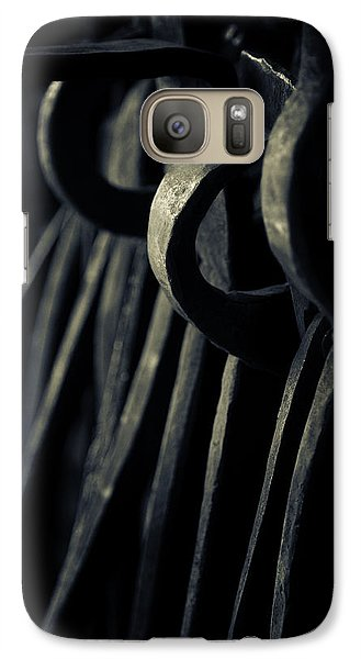 Galaxy Case featuring the photograph Get A Grip... by Russell Styles