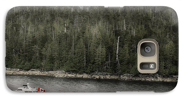 Galaxy Case featuring the photograph Getting A Tow In Canada by Davina Washington