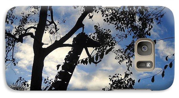 Galaxy Case featuring the photograph Giraffe En Sillouette by Kristen R Kennedy