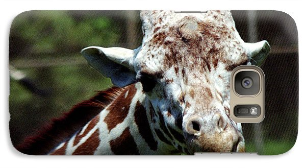 Galaxy Case featuring the photograph Giraffe Looking by Tom Brickhouse