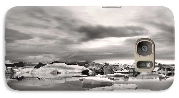 Galaxy Case featuring the photograph Glacier Lagoon II by Frodi Brinks