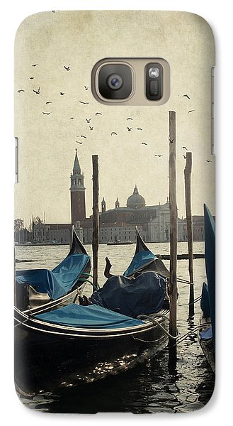 Galaxy Case featuring the photograph Gondola In Venice by Ethiriel  Photography