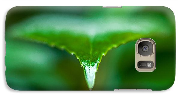Galaxy Case featuring the photograph Green Leaf by Todd Soderstrom