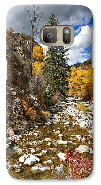 Galaxy Case featuring the photograph Grizzly Creek Cottonwoods Vertical by Jeremy Rhoades
