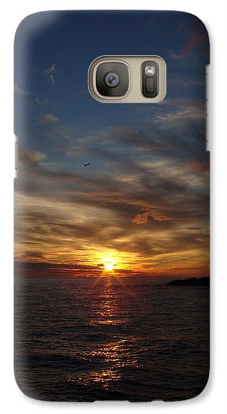 Galaxy Case featuring the photograph Gull Rise by Bonfire Photography