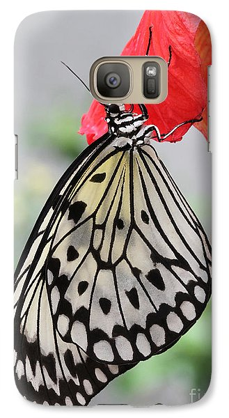 Galaxy Case featuring the photograph Hanging On #2 by Judy Whitton