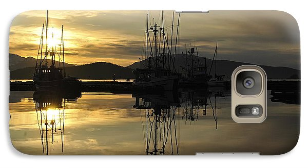 Galaxy Case featuring the photograph Harbor Sunset by Cathy Mahnke