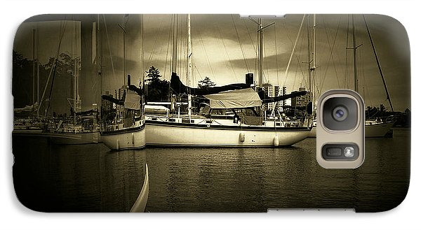 Galaxy Case featuring the photograph Harbour Life by Micki Findlay