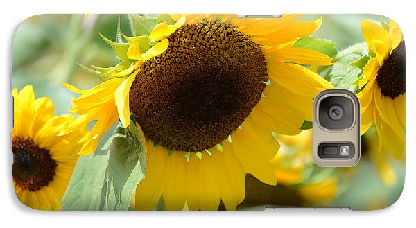 Galaxy Case featuring the photograph Hello Beautiful by Linda Mishler