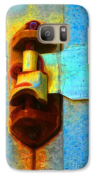 Galaxy Case featuring the photograph Hinged  by Christiane Hellner-OBrien