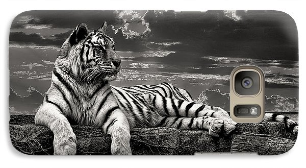 Galaxy Case featuring the photograph His Majesty by Adam Olsen
