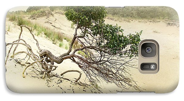Galaxy Case featuring the photograph Holding On by Kathi Mirto