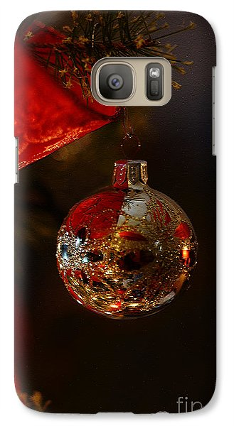 Galaxy Case featuring the photograph Holiday Season by Linda Shafer