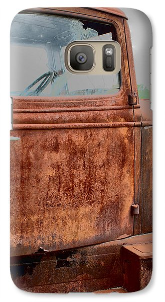 Galaxy Case featuring the photograph Hop In by Lynn Sprowl