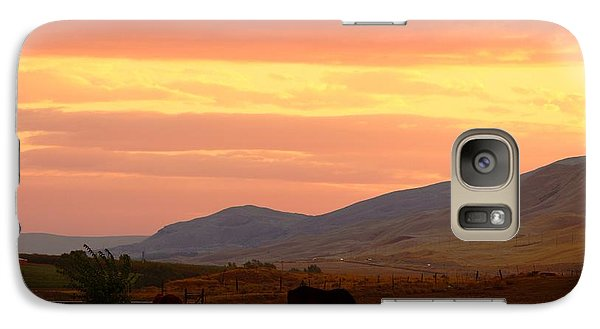 Galaxy Case featuring the photograph Horses At Sunrise by Lynn Hopwood