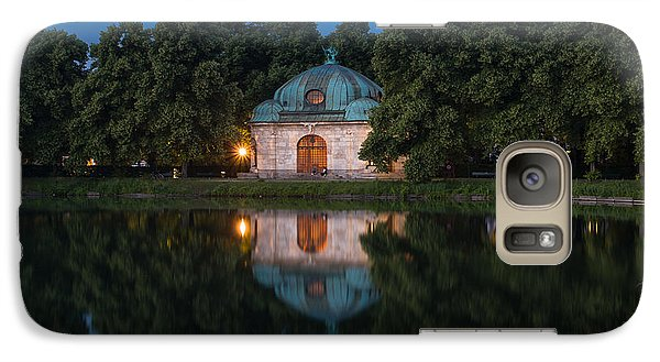 Galaxy Case featuring the photograph Hubertusbrunnen by John Wadleigh