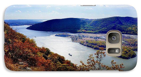Galaxy Case featuring the photograph Hudson River by Rafael Quirindongo