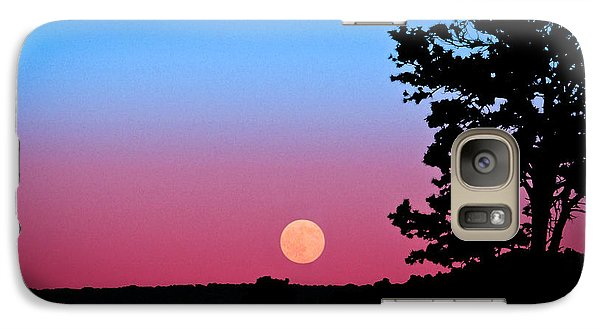 Galaxy Case featuring the photograph Hunter's Moonrise In Eastern Arizona by John Haldane