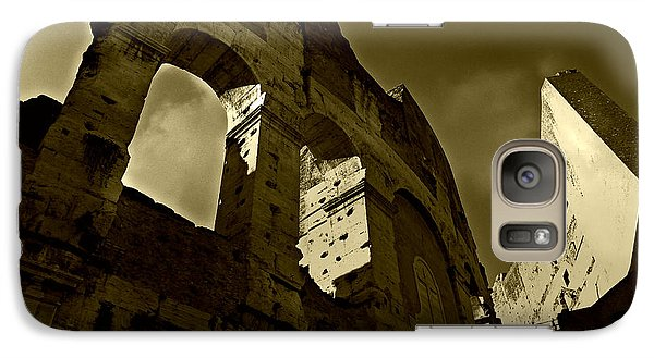 Galaxy Case featuring the photograph Il Colosseo by Micki Findlay