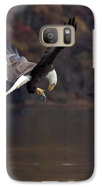 Galaxy Case featuring the photograph In Flight Snack by Alan Raasch