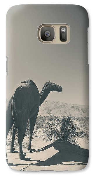 In The Hot Desert Sun Galaxy S7 Case by Laurie Search