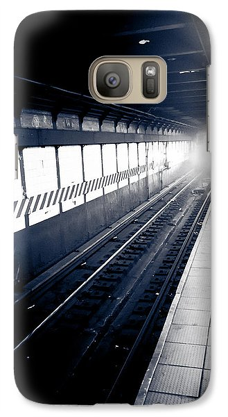 Galaxy Case featuring the photograph Incoming At The Subway - New York City by Peta Thames